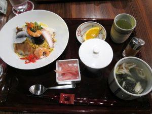 吉備PAレストラン岡山寿司さぬきセット